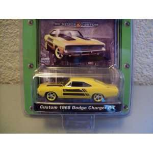 Greenlight MCG Custom 1968 Dodge Charger R/T Toys & Games