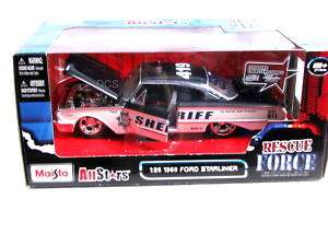Maisto All Stars 1960 Ford Starliner 1/26 Diecast Car