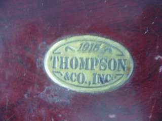 Thompson & Co. Wooden Cigar Box Humidor w/ Hygrometer Arturo Fuente
