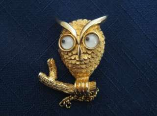 VINTAGE jewelry pin OWL gold tone with moving eyes BROOCH