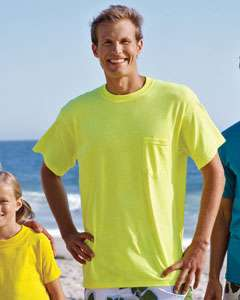 Gildan Mens T Shirt With Pocket and Seamless Collar