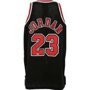 Michael Jordan Chicago Bulls Autographed 1997 1998 Alternate Jersey