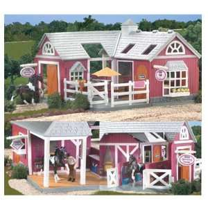 Breyer Horses Stablemates Grooming Center & Cafe Sports
